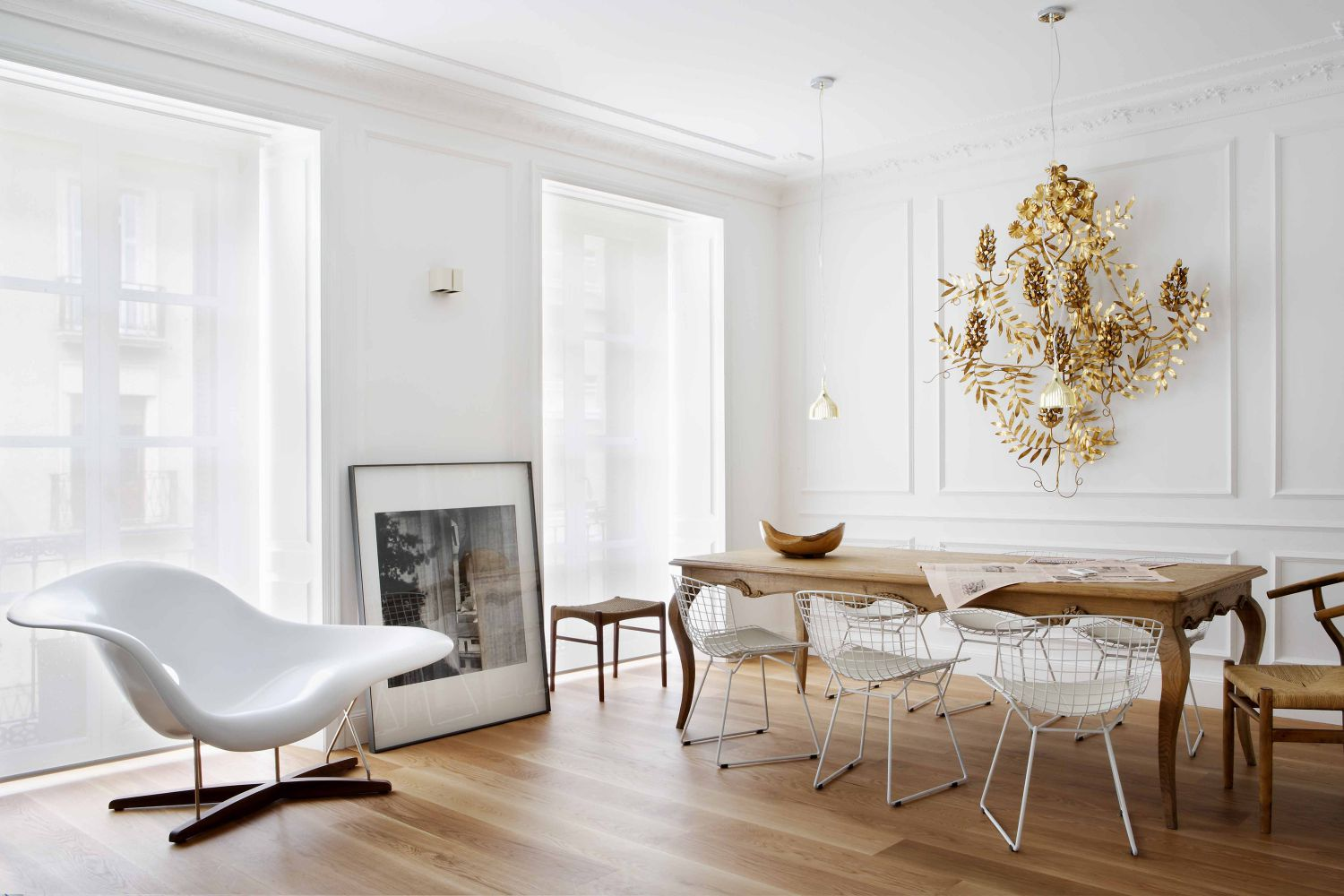 Modern living and dining room in Spanish apartment via @thouswellblog