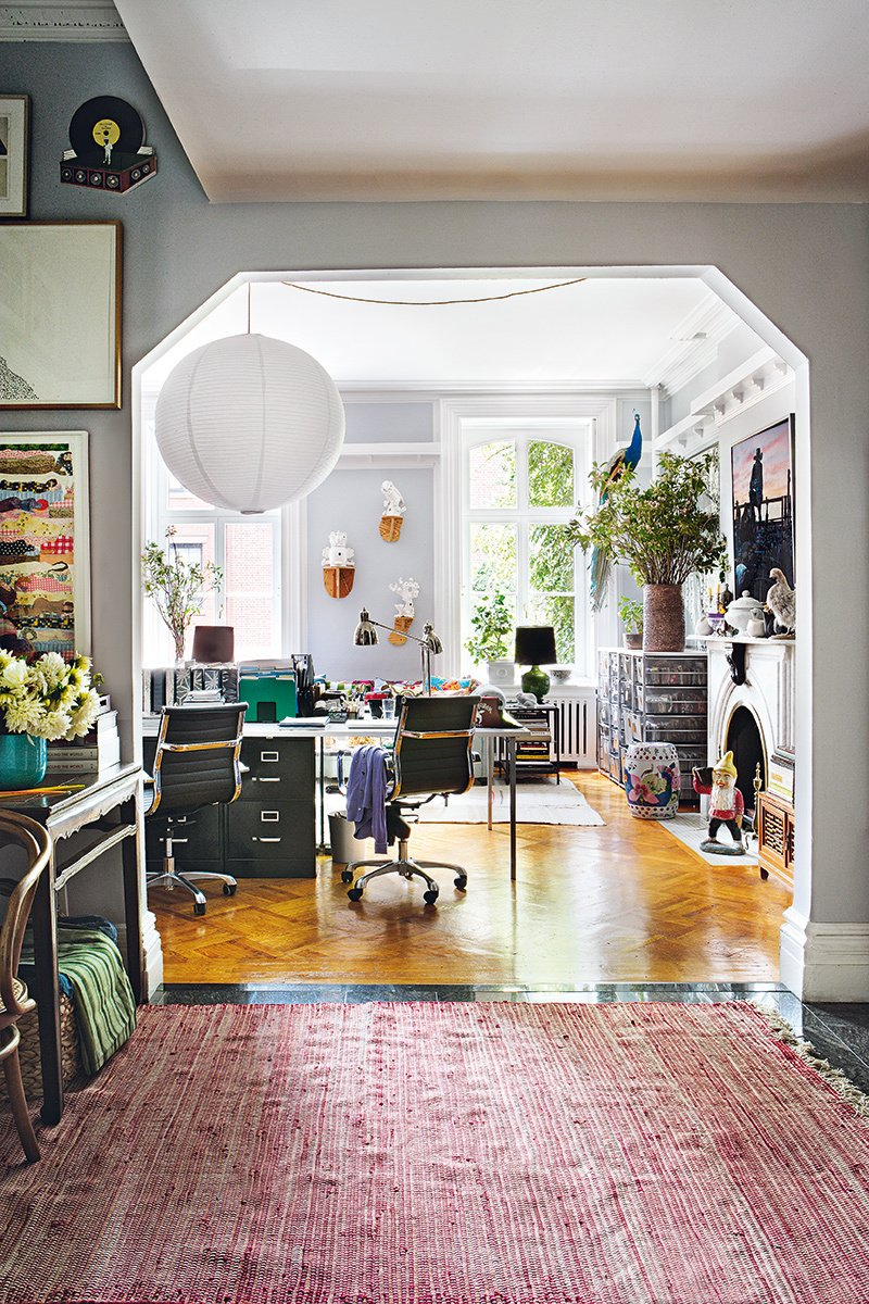 Bohemian Bachelor Pad in New York City via Thou Swell https://thouswell.com/bohemian-bachelor-pad-in-new-york-city