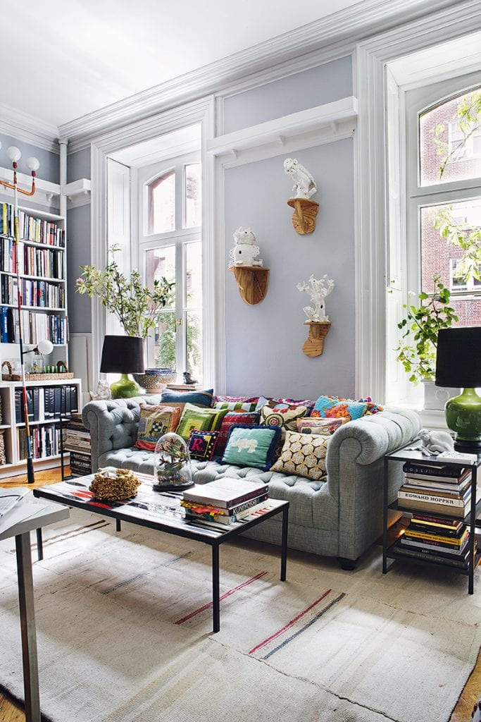 Bohemian bachelor pad in New York City on Thou Swell #homedecor #homedesign #interiordesign #livingroom #livingroomdesign