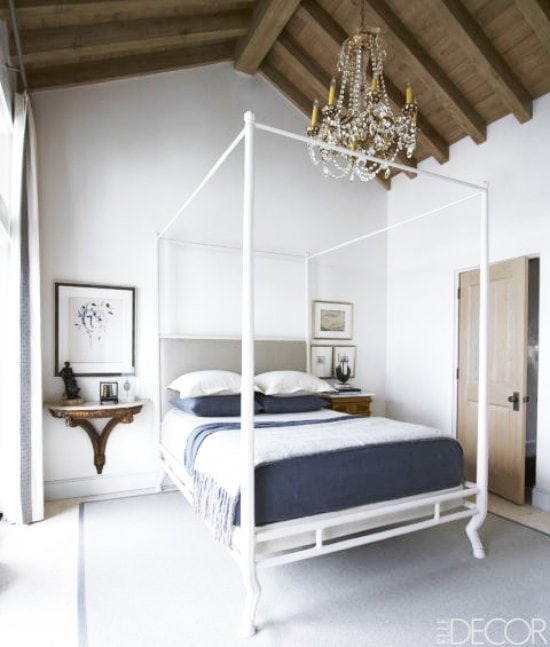 A sophisticated Moroccan style beach house in Aly's Beach, exhibiting a minimalist approach to antiques.