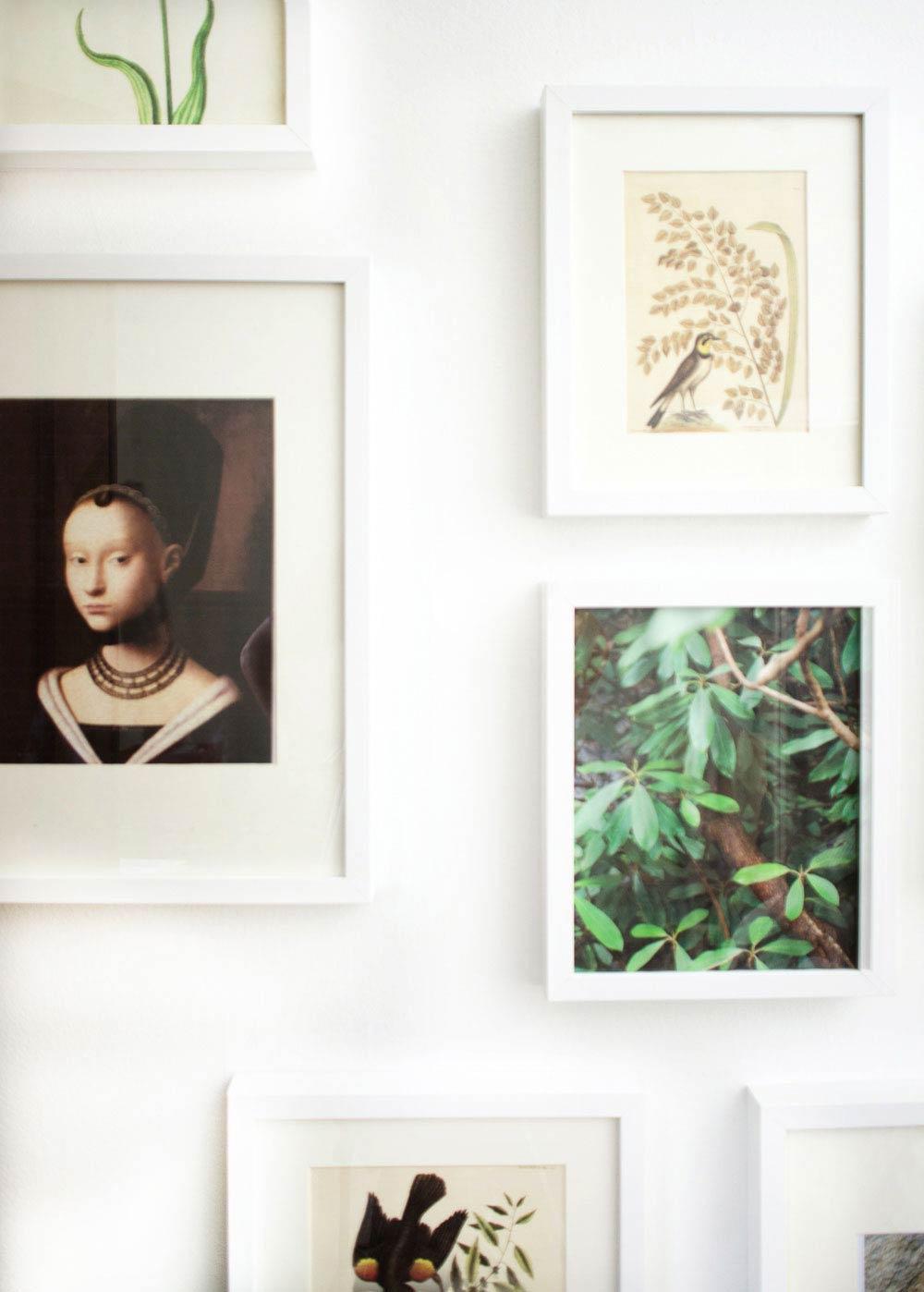 Vintage printables and photography gallery wall idea via @thouswellblog