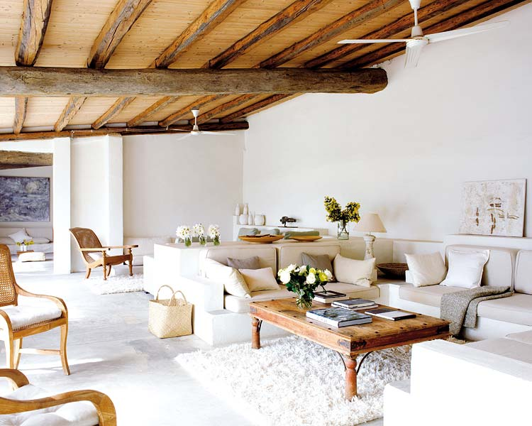 A simple, laid-back country home living room in all neutrals.