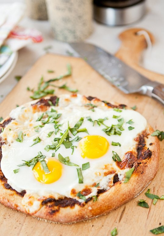 Sun Dried Tomato & Walnut pizza via Naturally Ella