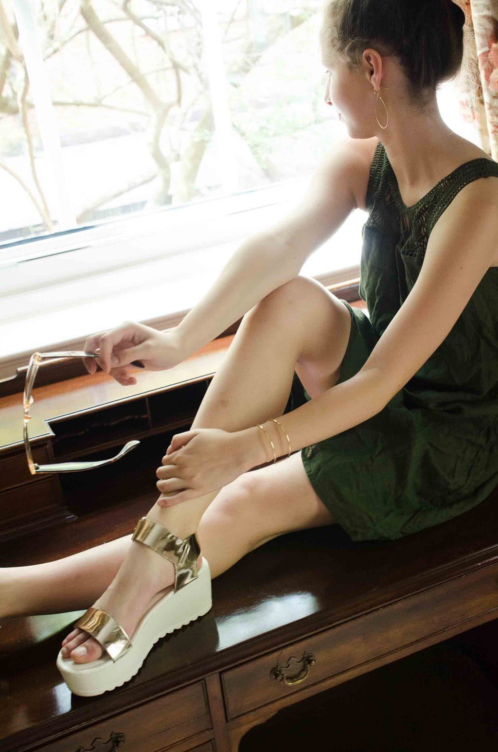 Gold chunky wedge sandals with green dress. Three back to school looks on @thouswellblog.