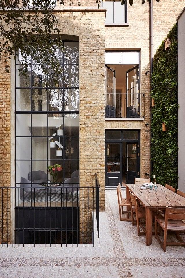 A modern London townhouse renovation on @thouswellblog