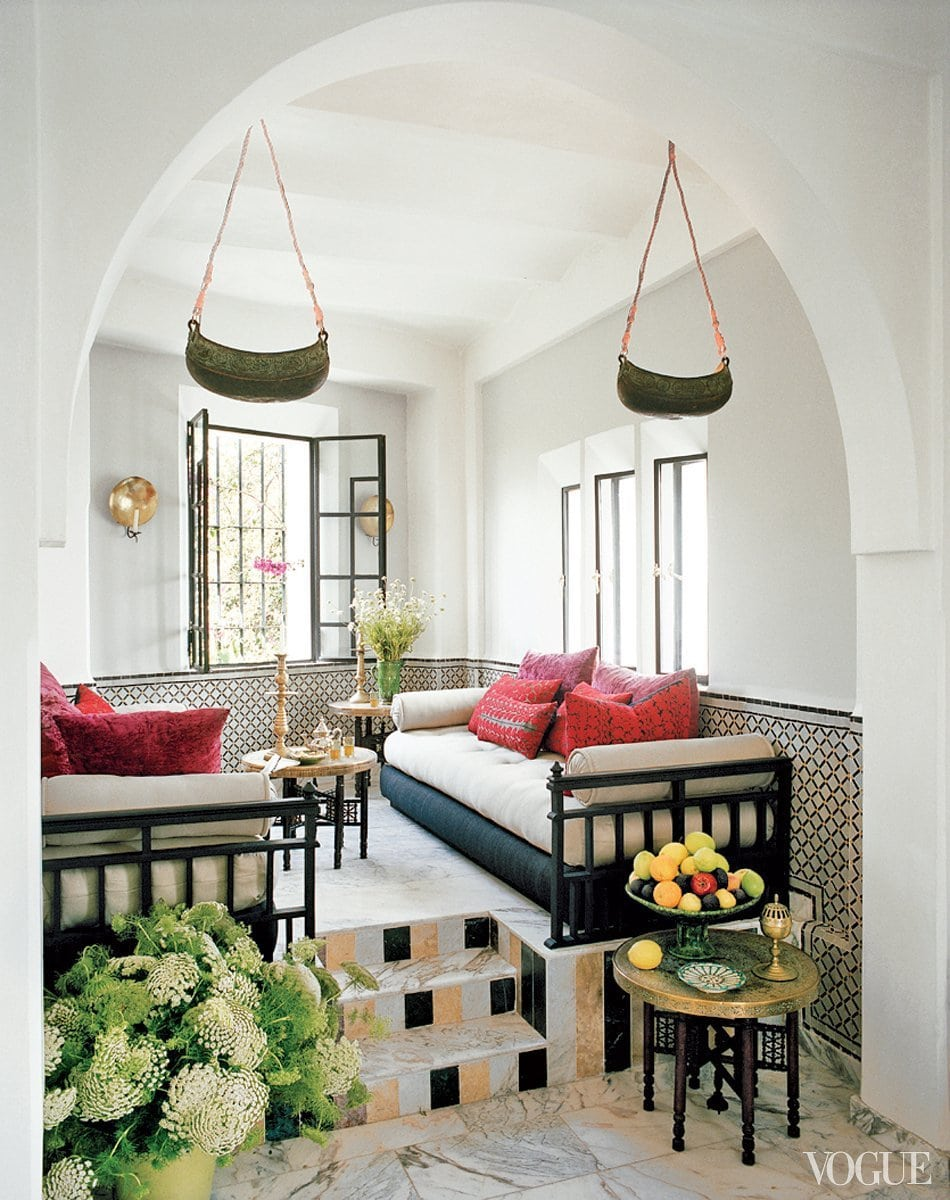 Daybeds in a Moroccan living room full of pattern on @thouswellblog