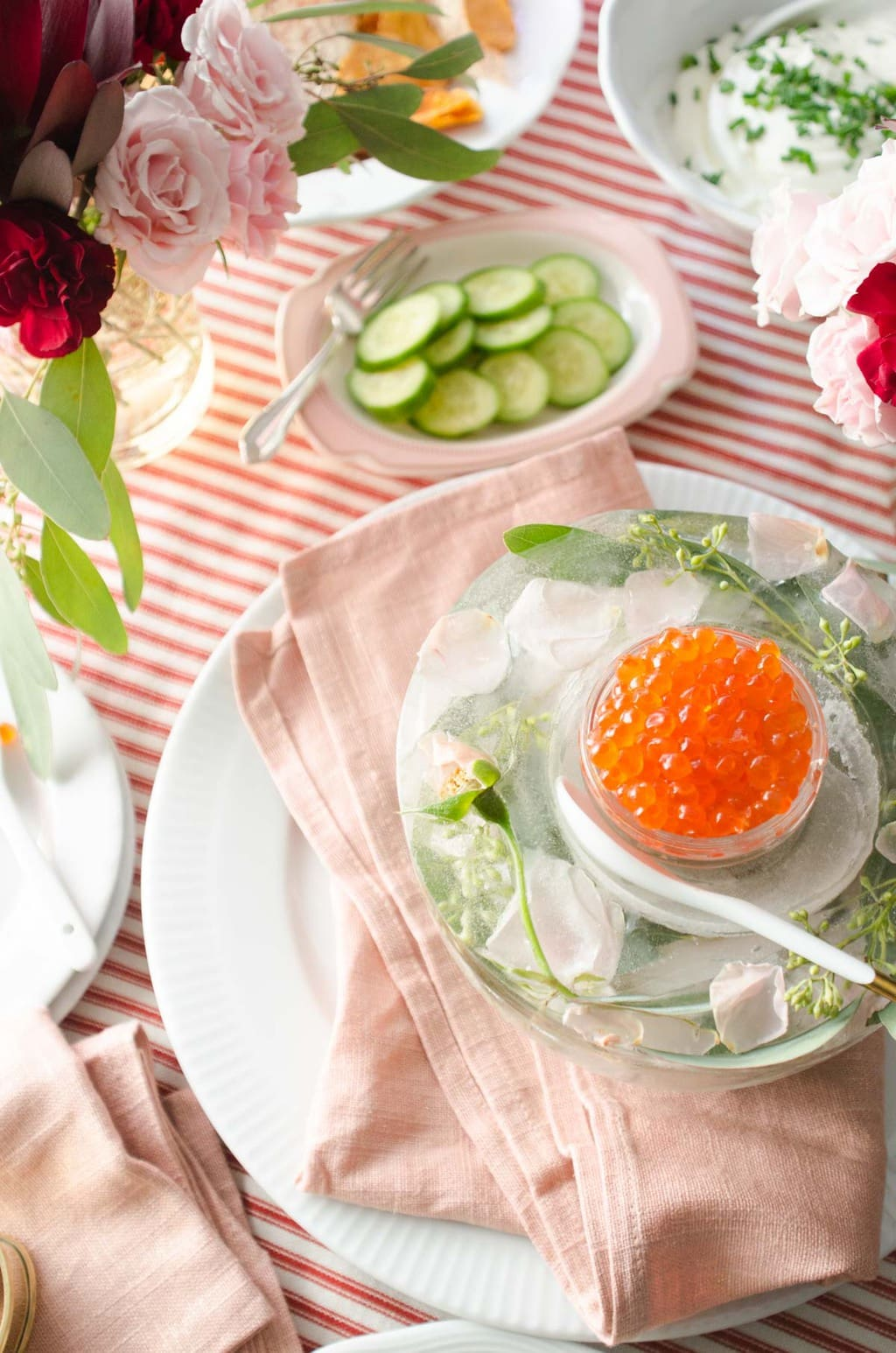 DIY floral ice bowl with salmon roe via @thouswellblog