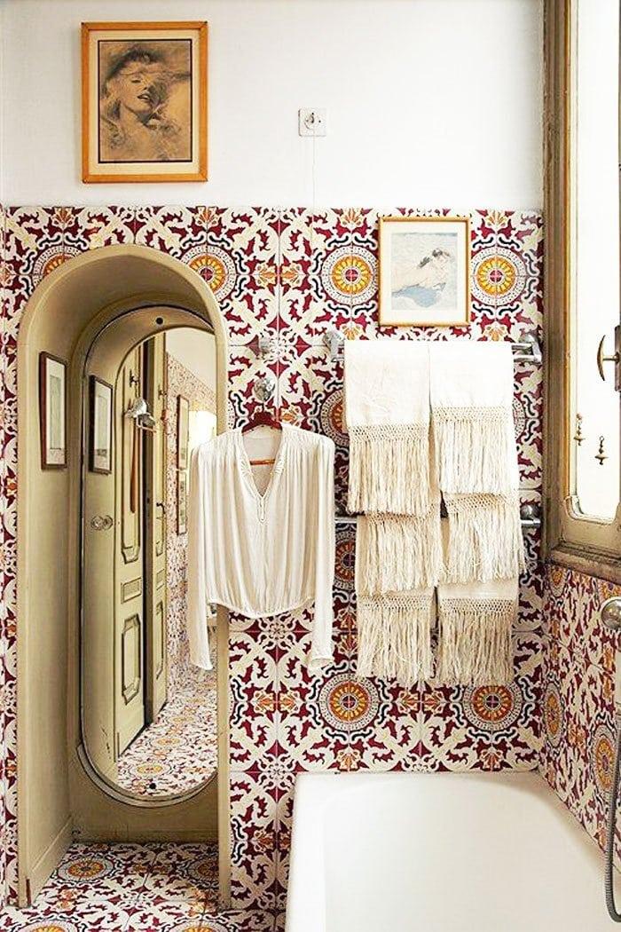 Italian tiled bathroom via @thouswellblog