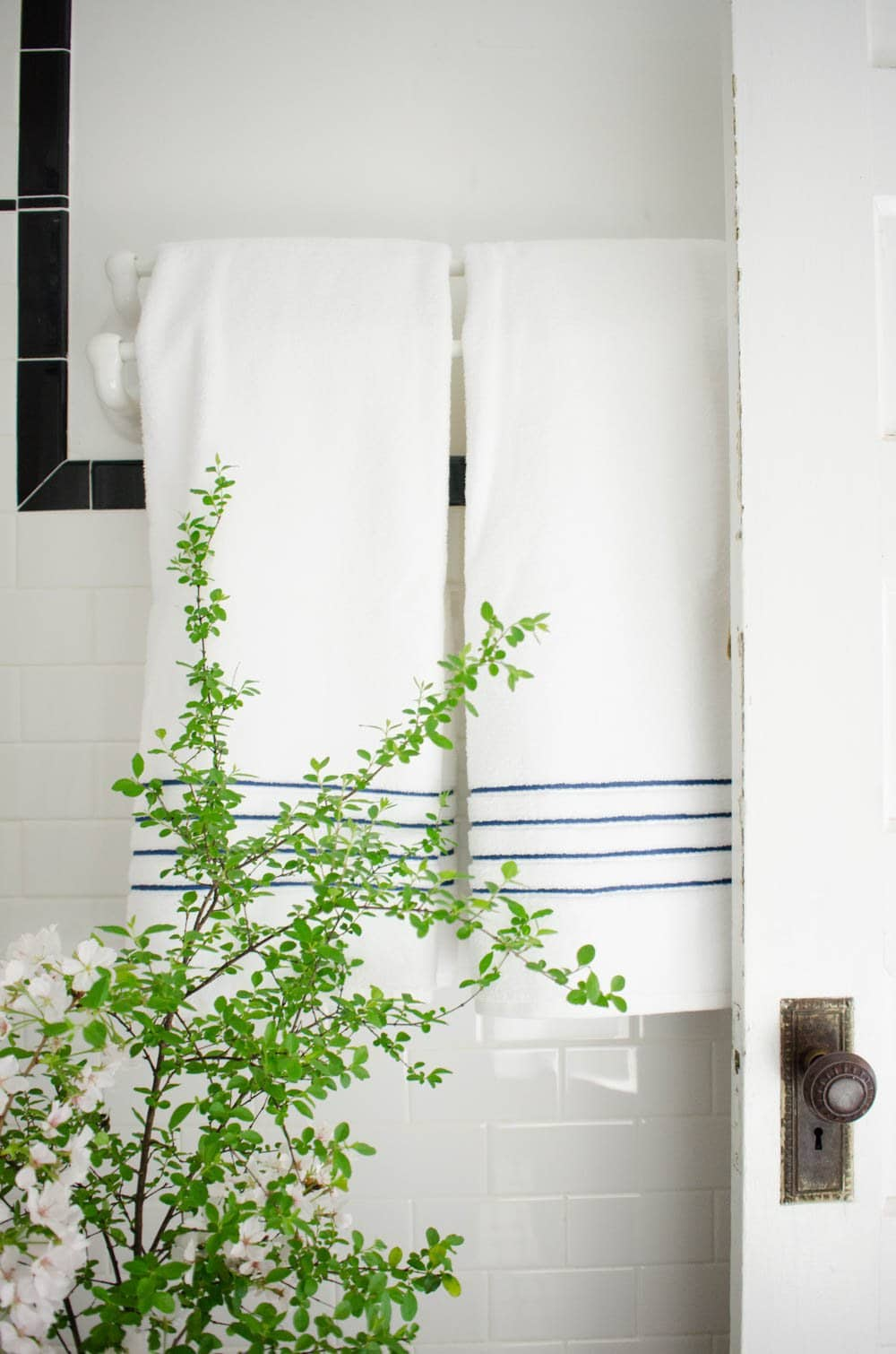 Bathroom refresh with Baxter of California on @thouswellblog