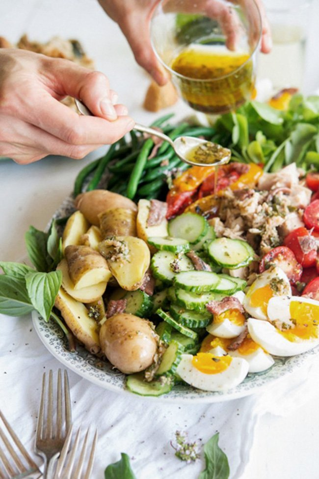 Classic salad niçoise by WIld Greens & Sardines on @thouswellblog