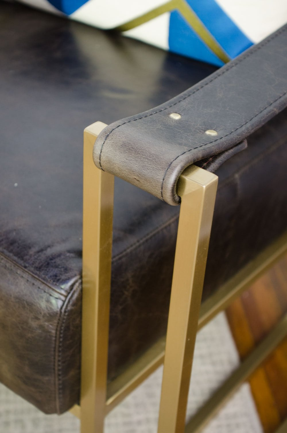 One Room Challenge Dorset sling chair via Lazaro Leather on @thouswellblog