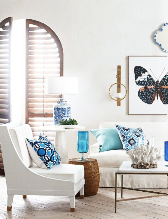 Summer blue and white living room via @thouswellblog