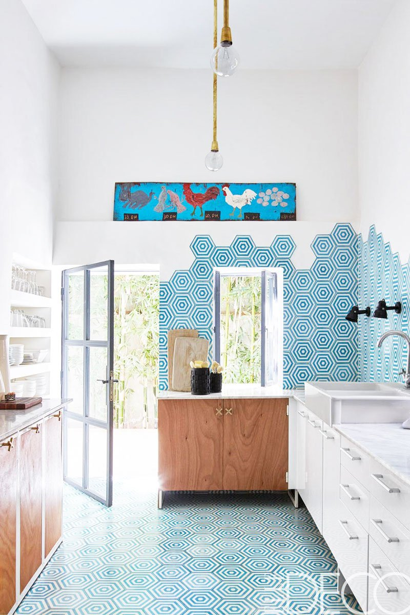 Blue and white kitchen with wall tiles via @thouswellblog