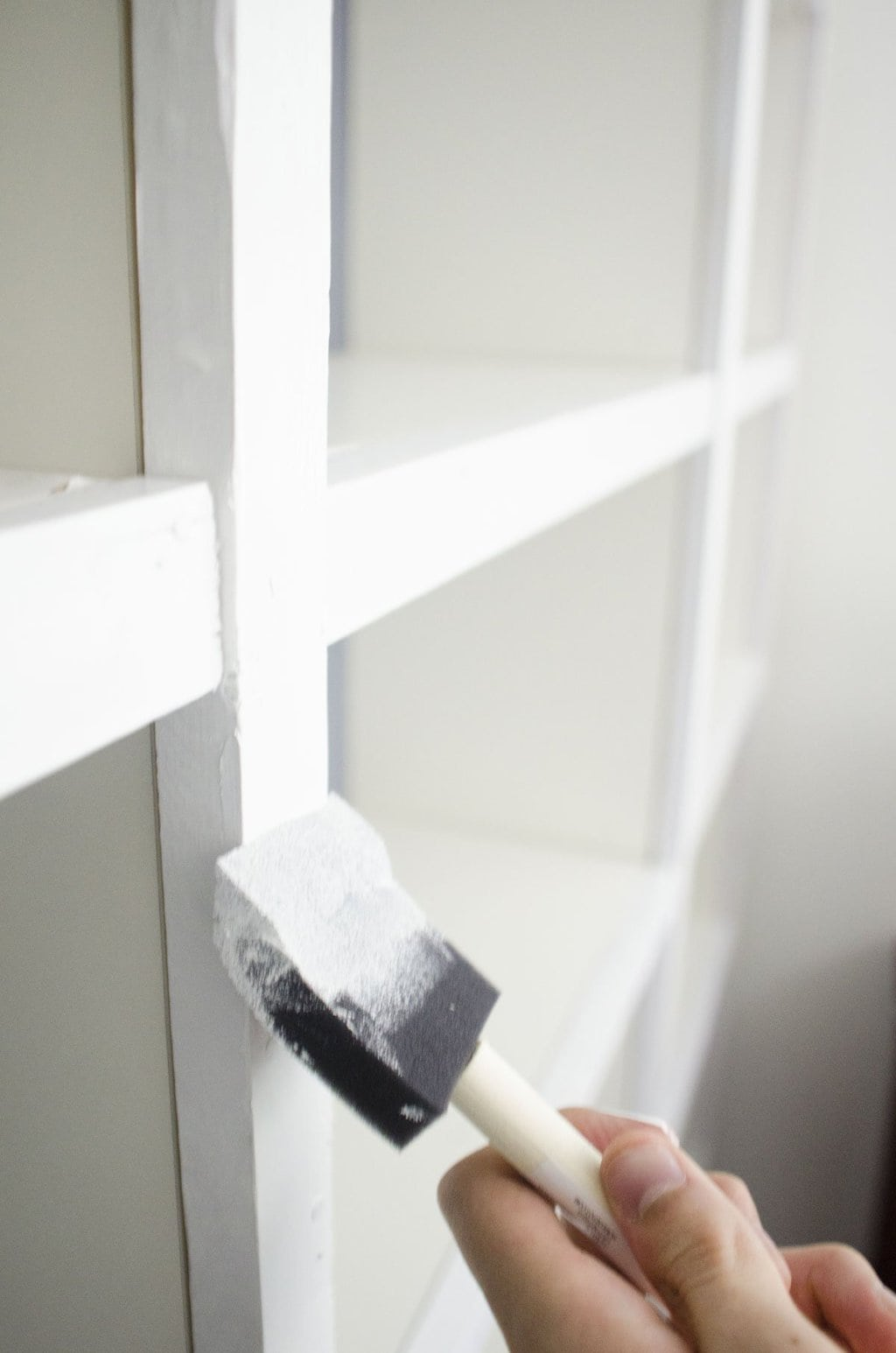 Built-in bookcases DIY Ikea hack on @thouswellblog