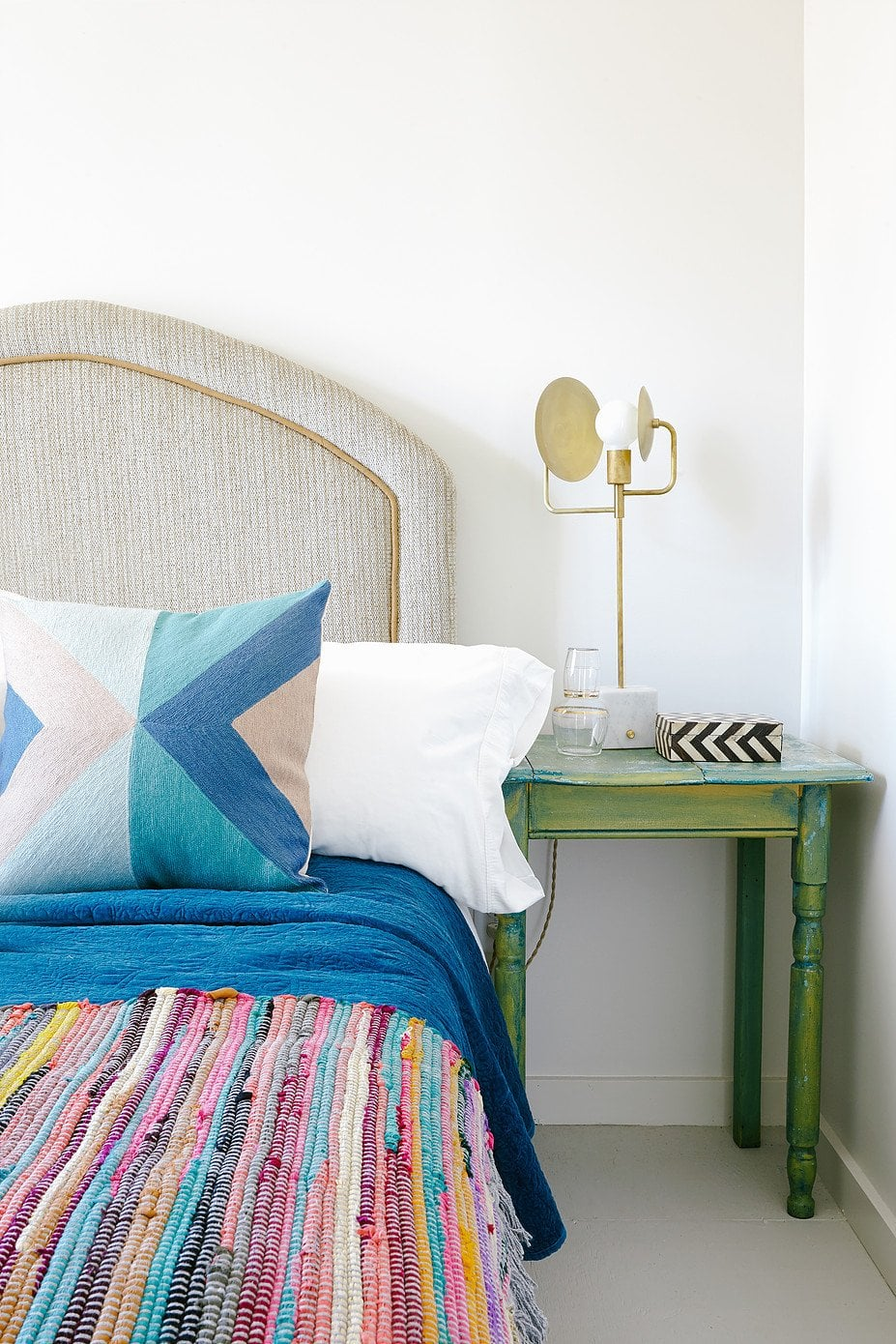 Tips on mixing patterns from Steve McKenzie, Modern bohemian bedroom design on @thouswellblog