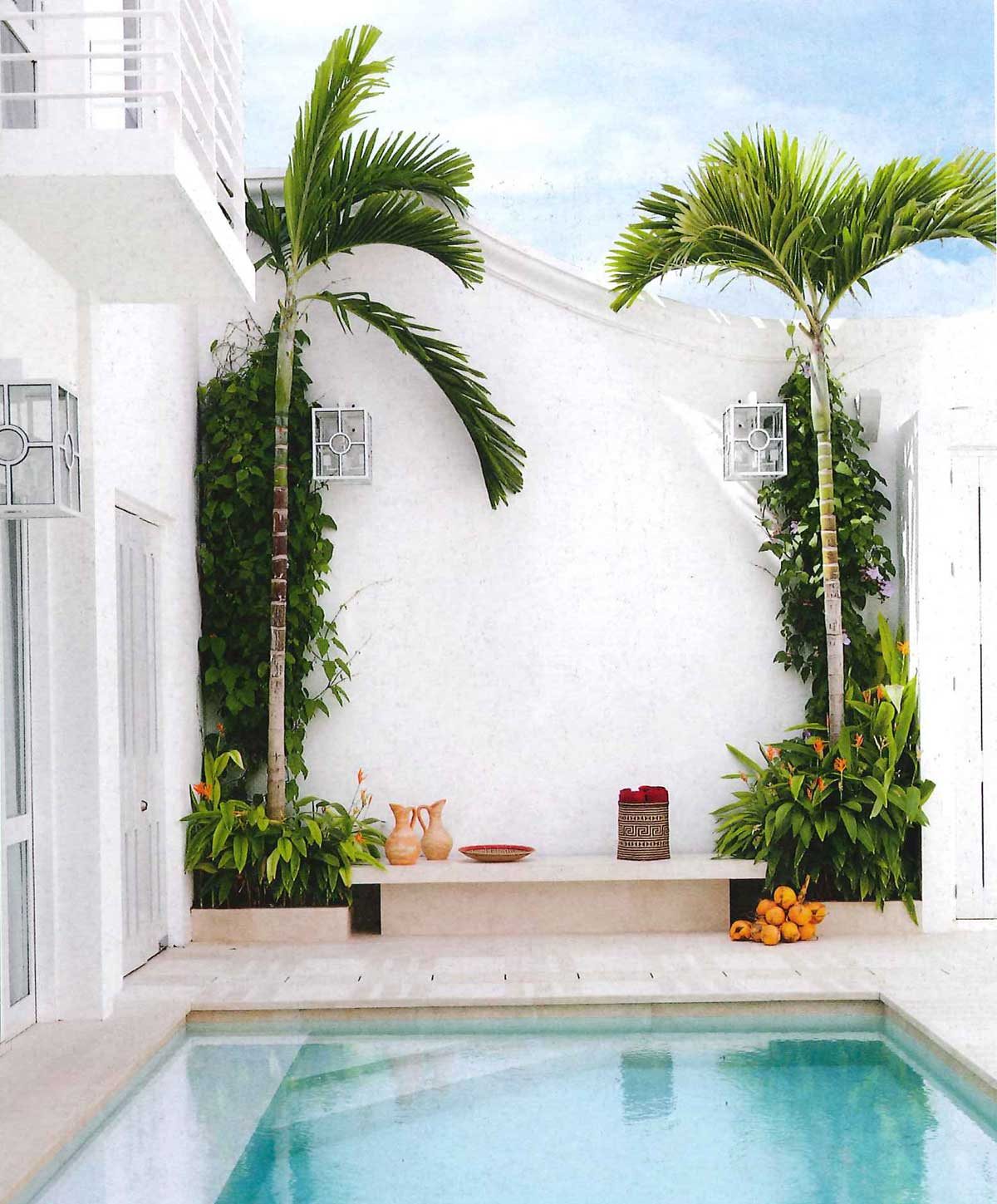 Modern swimming pool inspiration via @thouswellblog