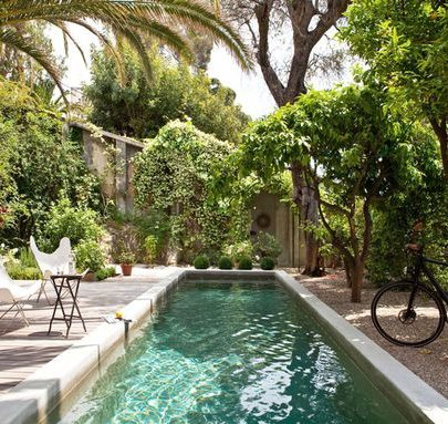 Lush swimming pool inspiration via @thouswellblog