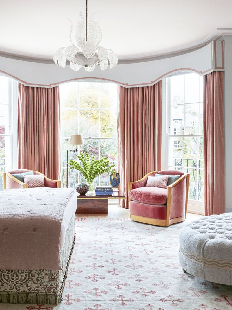 Pink bedroom with art deco details in London via @thouswellblog