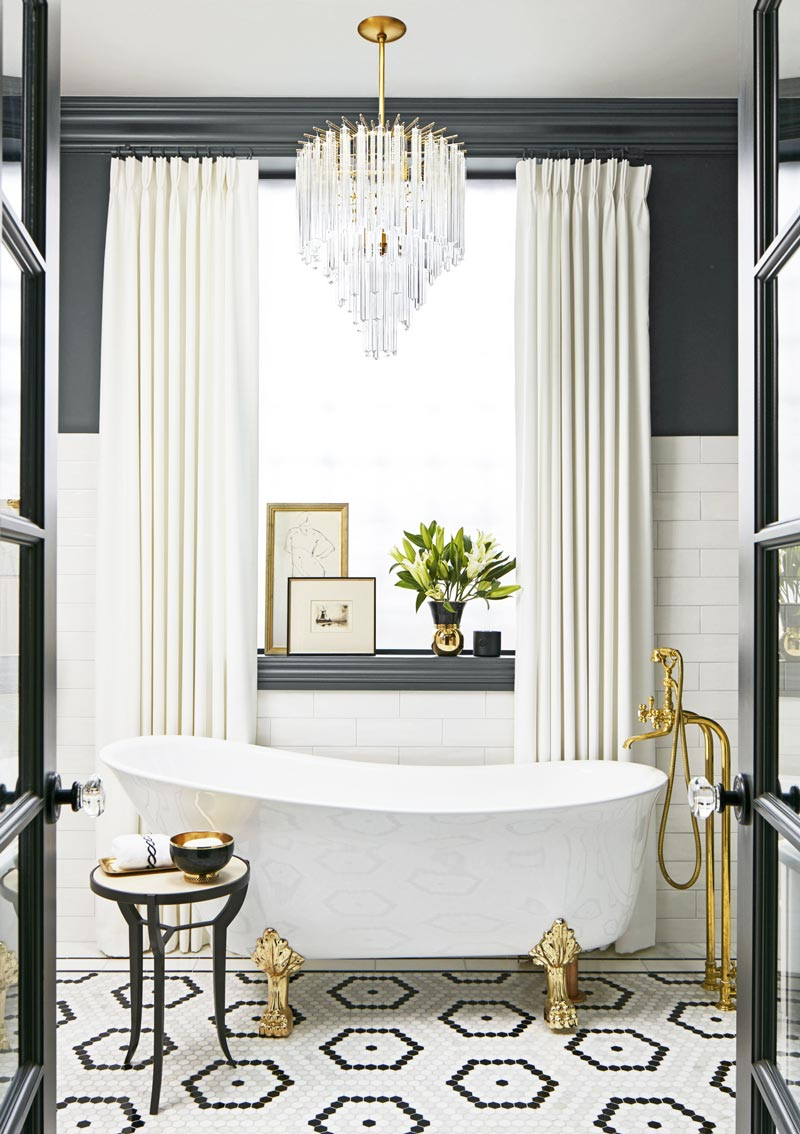 Black, white, and gold glamorous bathroom via @thouswellblog