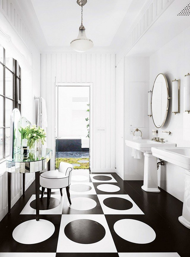 Black and white modern bathroom with patterned floor via @thouswellblog