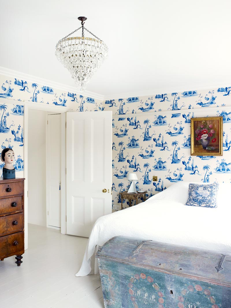Eclectic blue and white bedroom in a London townhouse via @thouswellblog