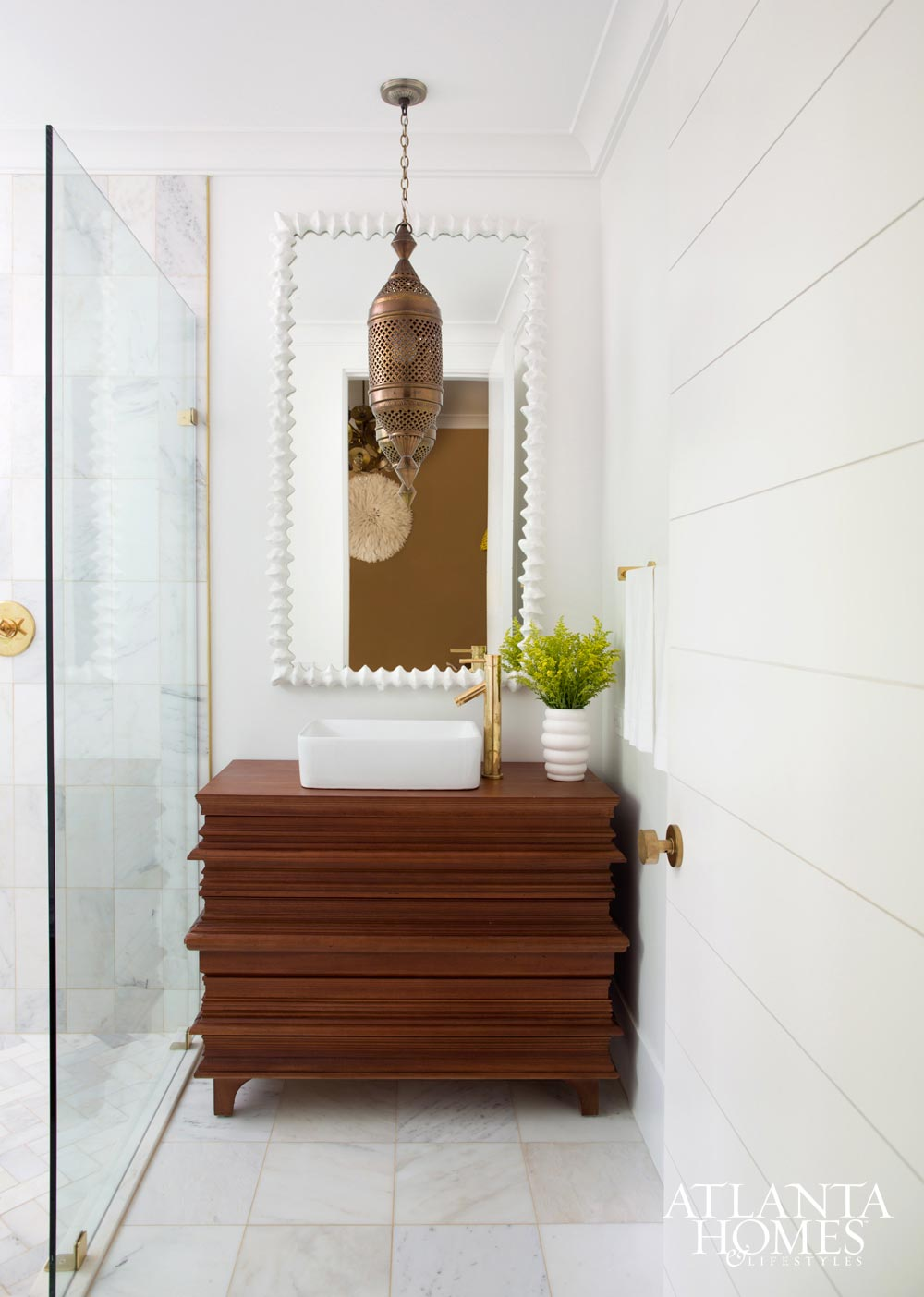 Modern eclectic bathroom in an Atlanta home via @thouswellblog