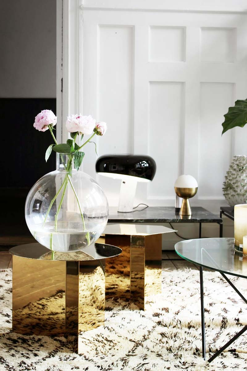 Modern vignette with gold side table via Thou Swell