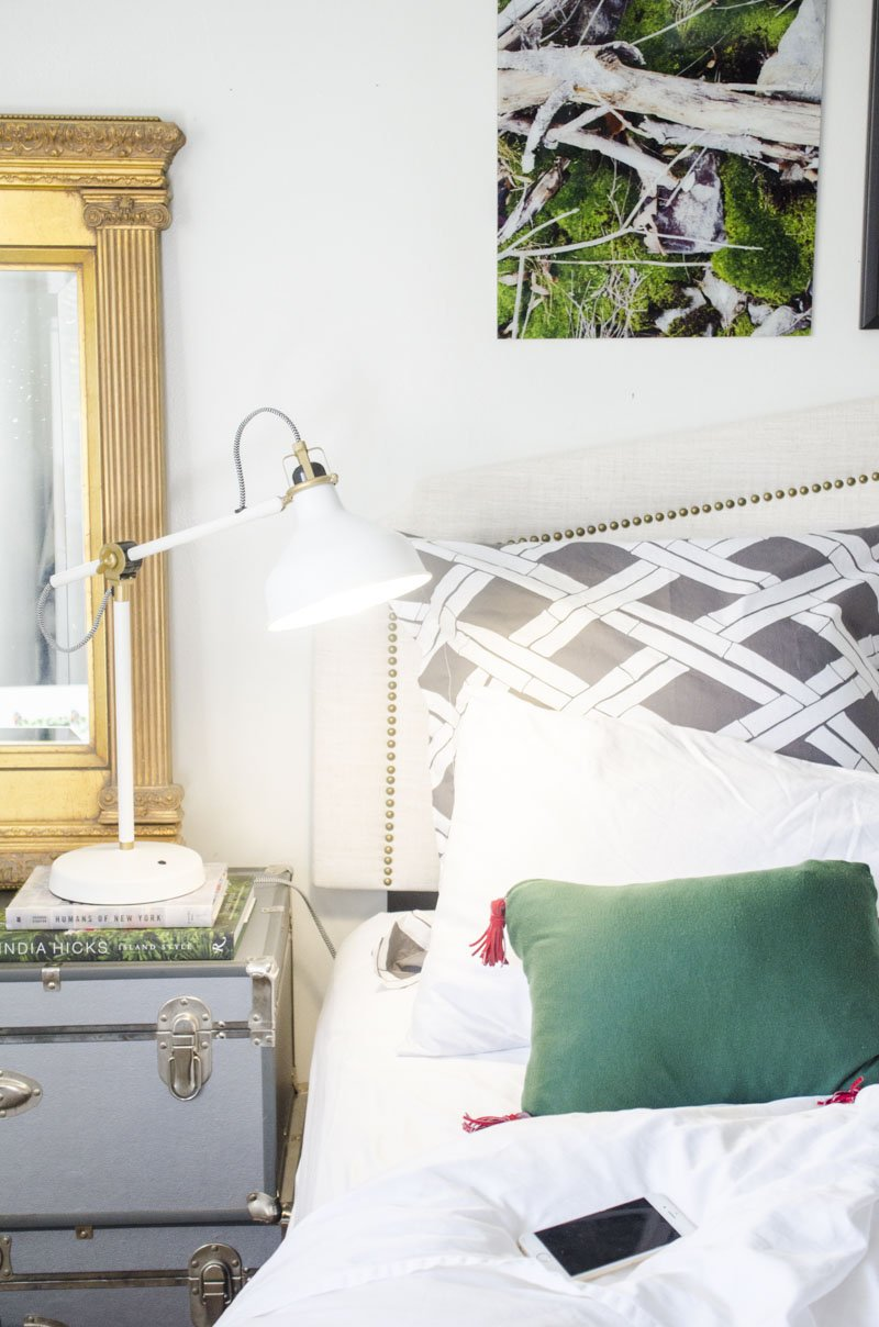 Smart light bulb in an eclectic bedroom on Thou Swell