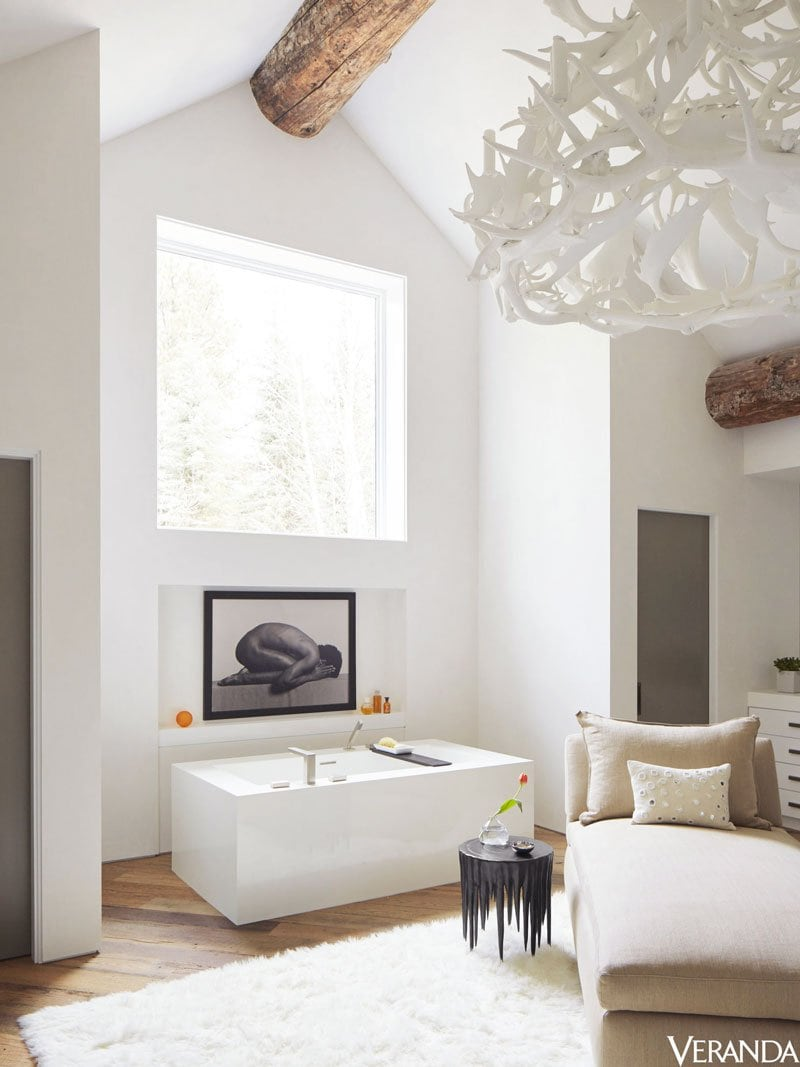 Huge modern bathroom in rustic mountain house in Aspen on Thou Swell @thouswellblog