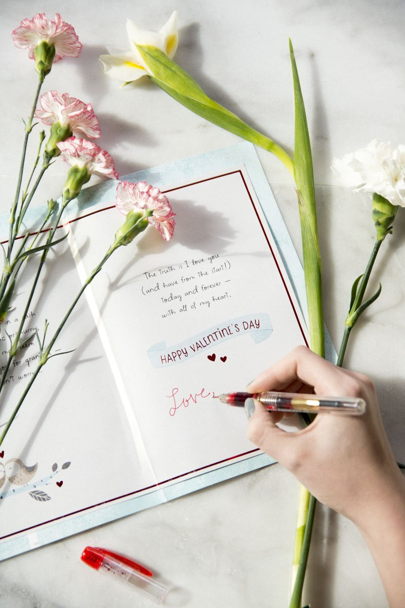 Valentine's Day card from American Greetings on Thou Swell @thouswellblog
