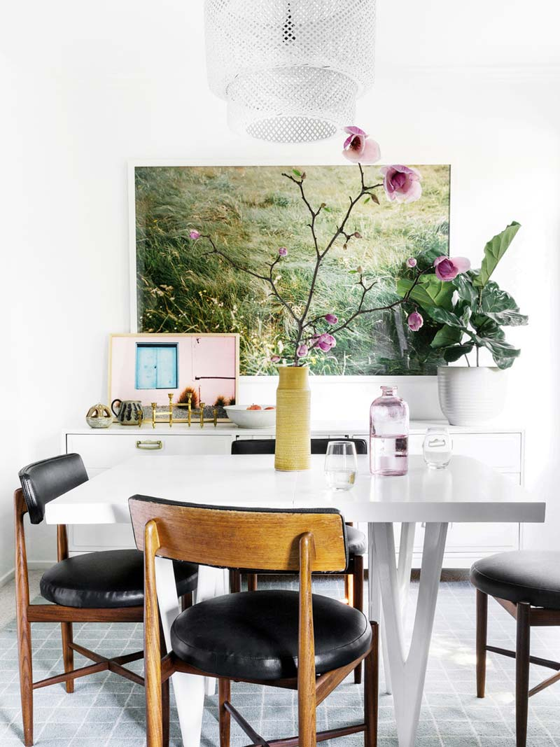 Dining room with statement art print and vintage dining chairs on Thou Swell @thouswellblog