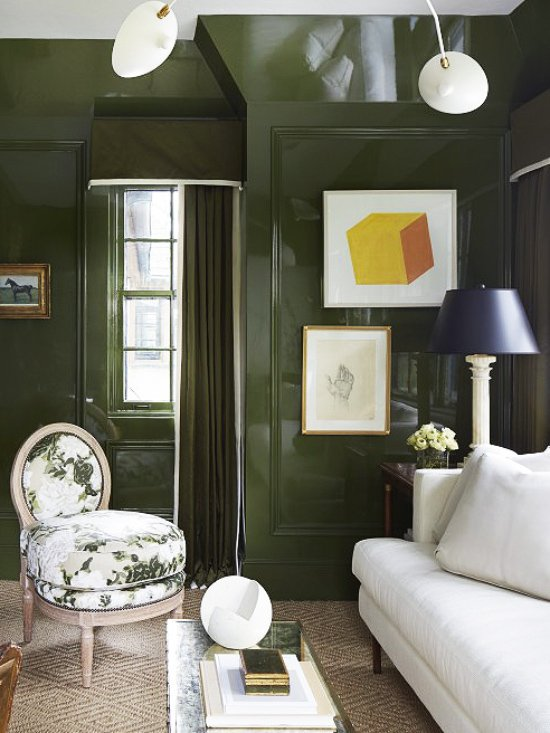 High-gloss green lacquer living room walls on Thou Swell @thouswellblog