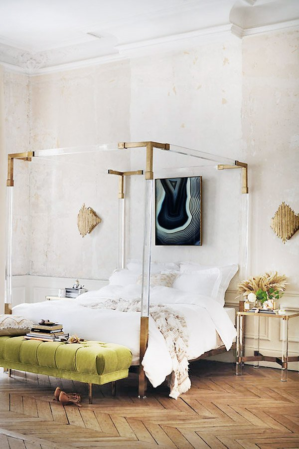 Lucite canopy bed with brass corners on Thou Swell @thouswellblog