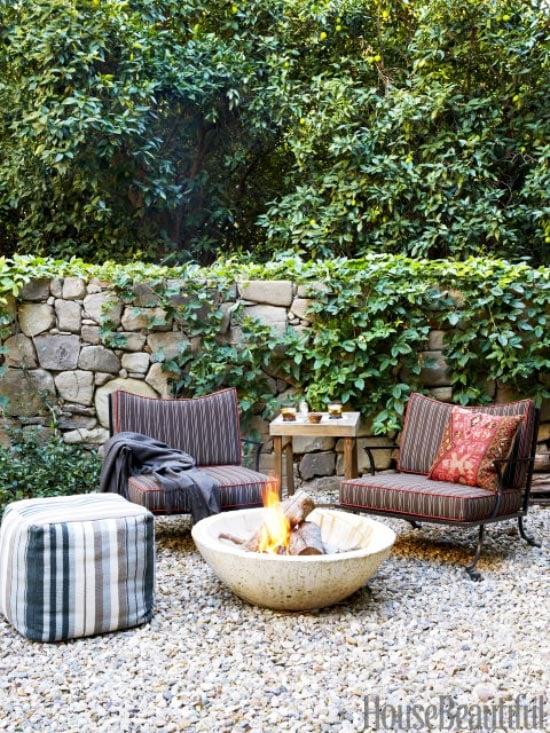 Modern California gravel patio outdoor design on Thou Swell @thouswellblog