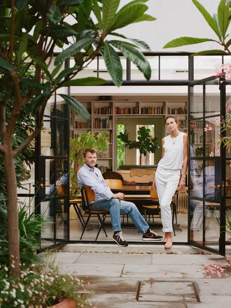 Modern London townhouse patio garden with steel doors on Thou Swell @thouswellblog