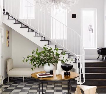 Sophisticated entry hall with checkerboard floor in Los Angeles on Thou Swell @thouswellblog
