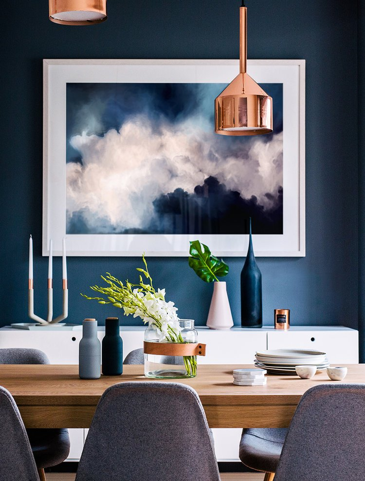 Dramatic modern blue dining room design on Thou Swell @thouswellblog