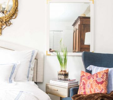Adding the perfect accent chair to my bedroom on Thou Swell @thouswellblog