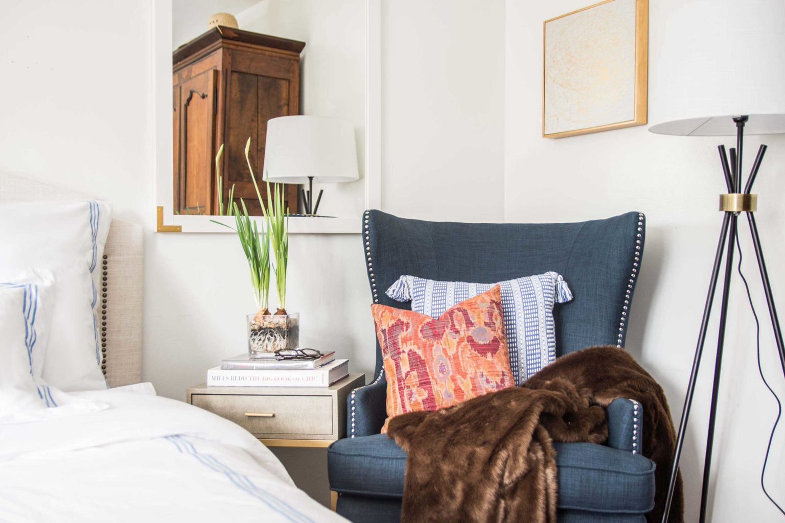 Why Your Bedroom Needs An Accent Chair Thou Swell