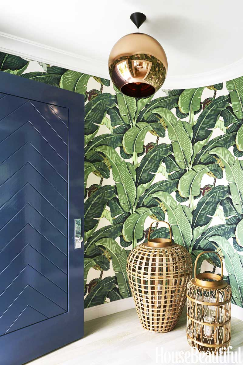 Banana leaf wallpaper in entryway on Thou Swell @thouswellblog