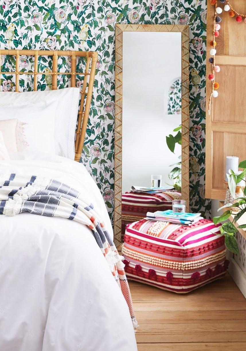 Eclectic bedroom decor on Thou Swell @thouswellblog