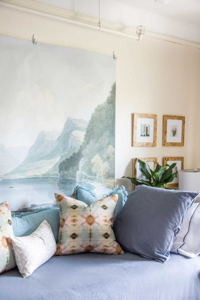 Serene dorm room design makeover with Annie Selke Bed101 bedding and oversized mural on Thou Swell @thouswellblog
