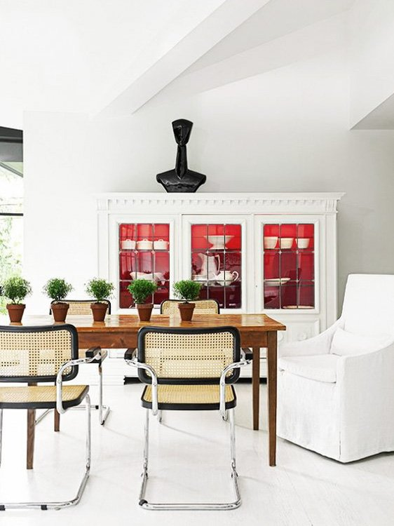 Modern dining room with caned Breuer Cesca chairs by Patrick Mele on Thou Swell @thouswellblog
