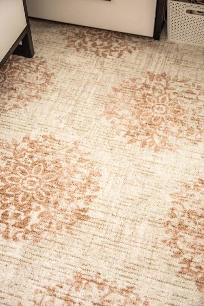 Mohawk Home Jardine Medallion blush area rug on Thou Swell @thouswellblog