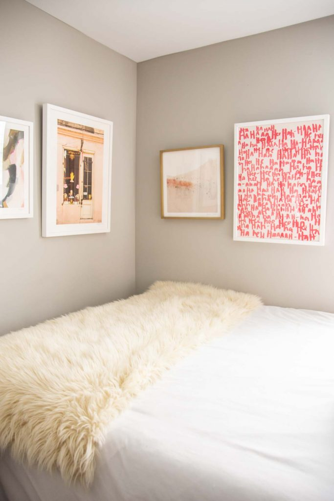 Blush apartment bedroom design makeover reveal with Mohawk Home area rug on Thou Swell @thouswellblog