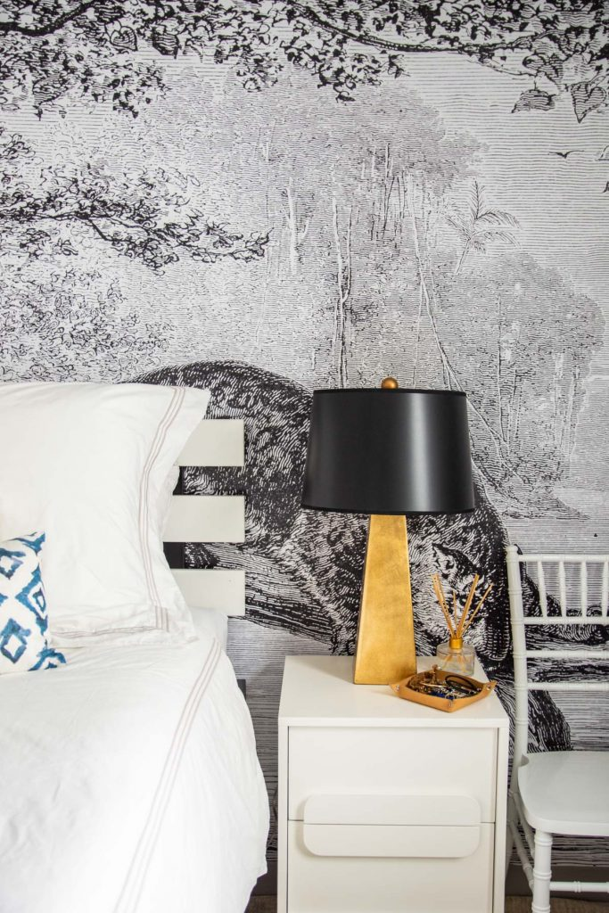 Jungle-inspired apartment bedroom design makeover reveal with Mohawk Home area rug on Thou Swell @thouswellblog