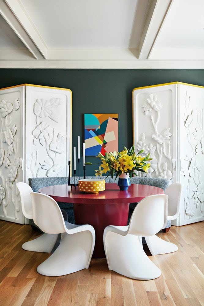 Modern dining room inside a color-filled home outside of Atlanta on Thou Swell @thouswellblog
