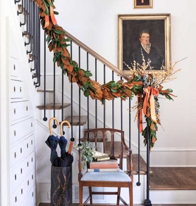 Atlanta Homes & Lifestyles Home for the Holidays showhouse with traditional Christmas decor on Thou Swell @thouswellblog