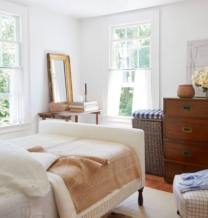 Connecticut cottage bedroom on Thou Swell @thouswellblog