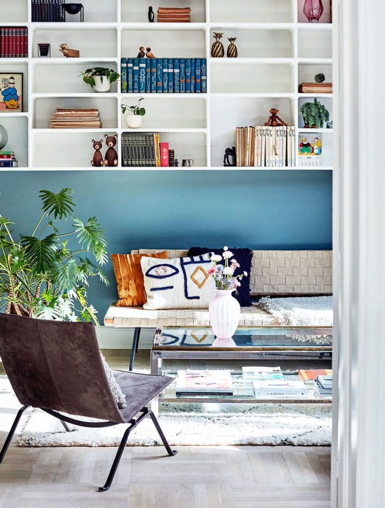Modern living room decor with blue walls in Mexico on Thou Swell #livingroom #livingroomdesign #bluewalls